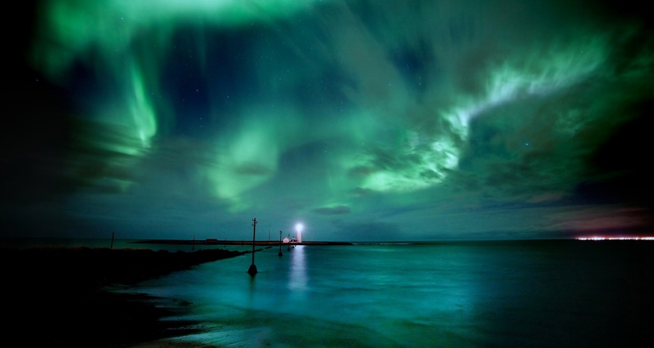 Light-House-with-Aurora-Lights